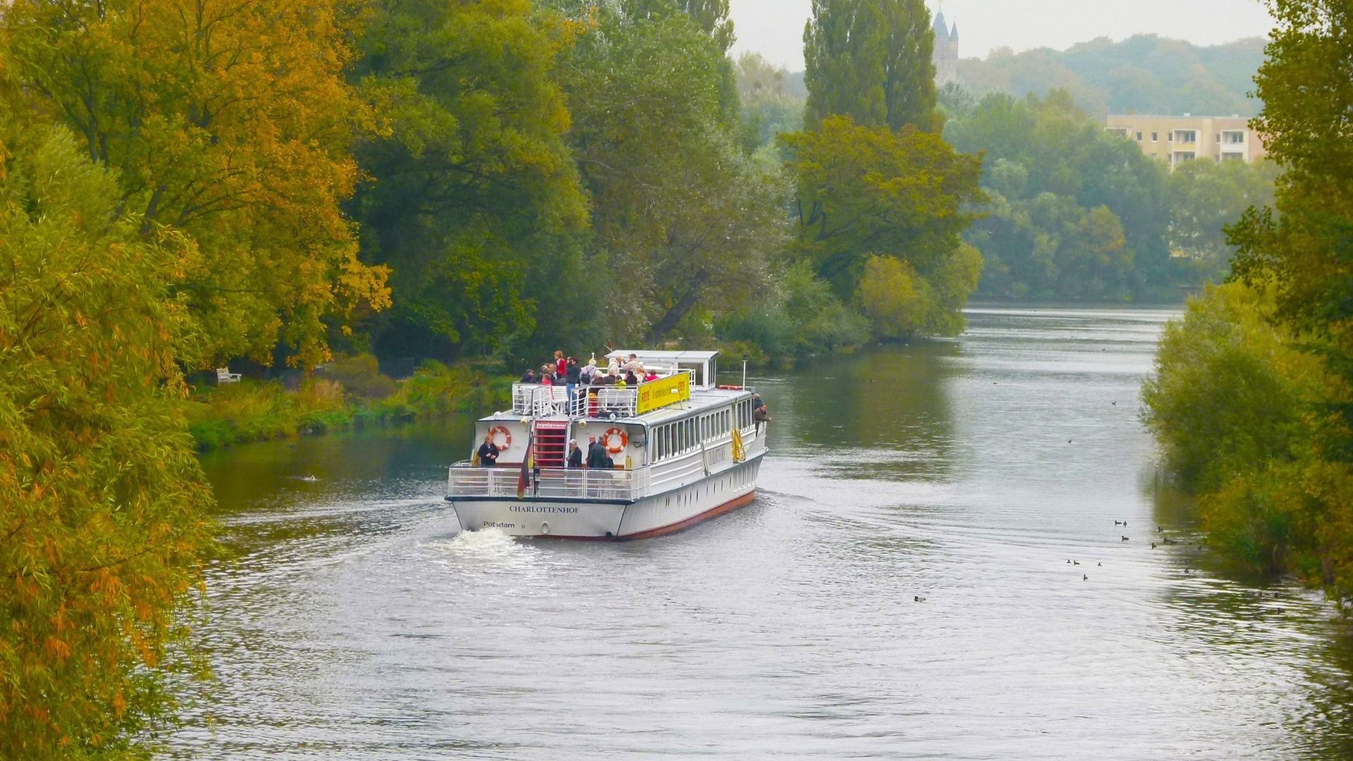 6 Reasons To Consider A River Cruise This Fall
