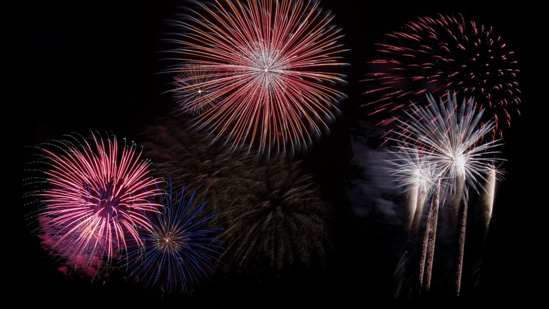 8 Amazing Fireworks Displays For The Fourth Of July