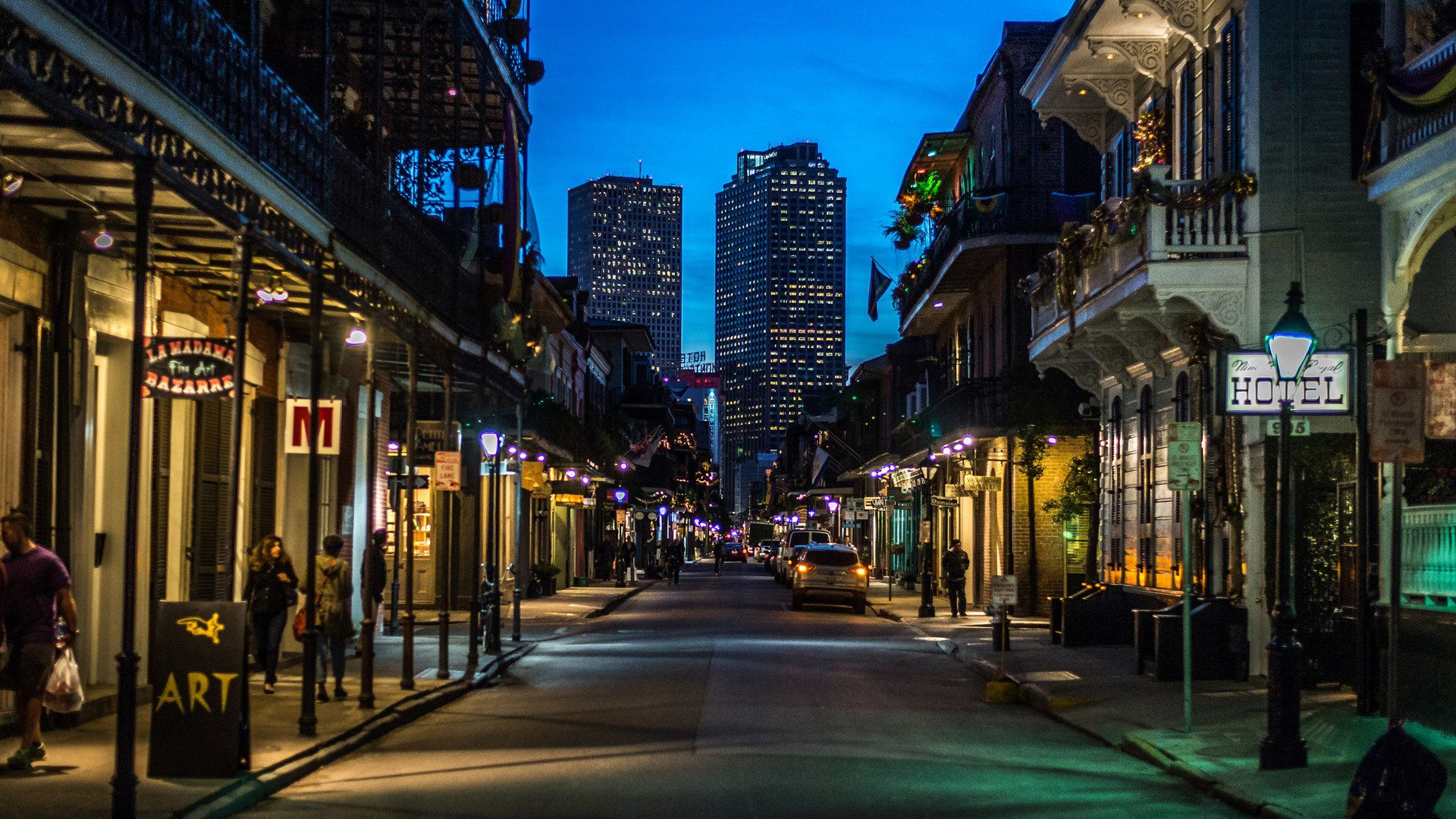 A Cocktail Lover's Guide To New Orleans